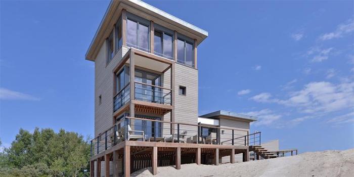 Bijzonder luxe strandhuis voor grote gezinnen met 8 personen met uitzicht op zee