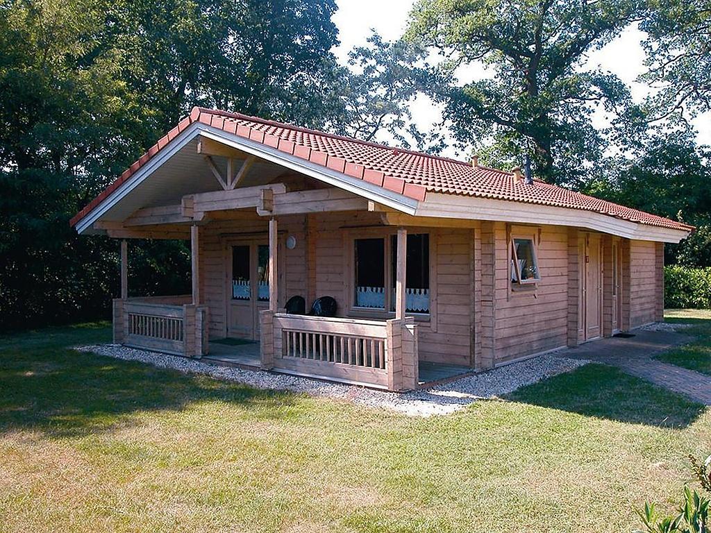 Houten vrijstaande vakantiewoning op familie bungalowpark Finspark Herikerberg in Markelo 6persoons vakantiesvoorgrotegezinnen.nl