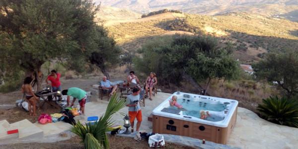 Een heel groot vakantiehuis voor 14 personen in Zuid Spanje inclusief zwembad en jacuzzi