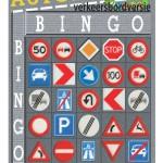 Speel autobingo met verkeersborden als spelletje voor onderweg met de kinderen.