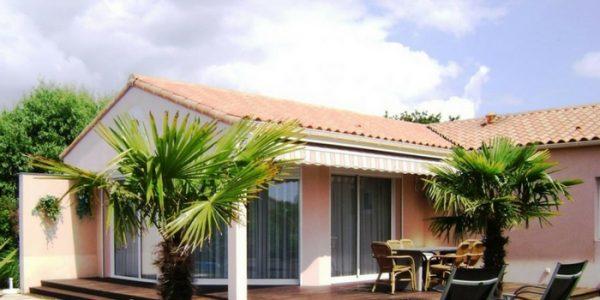 Luxe vakantiehuis voor grote gezinnen met 6 personen aan kust in Frankrijk