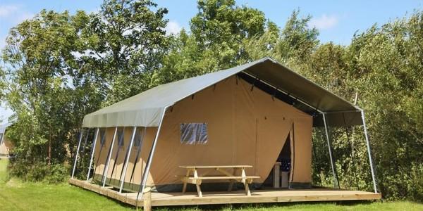 Glamping in Noord-Holland, logeren in een safaritent bij de boer, voor grote gezinnen met 6 personen. Vakantiesvoorgrotegezinnen.nl