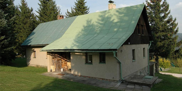 Goedkope en Vrijstaande vakantiewoning in het Reuzengebergte in Tsjechïe. Geschikt voor grote gezinnen met 6 personen en ideaal voor de zomer- en wintersportvakantie.