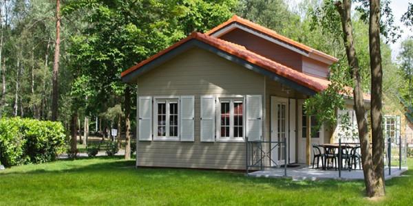 Luxe Bungalow Mundo, op park Molenheide in België, voor zes personen. vakantiesvoorgrotegezinnen.nl