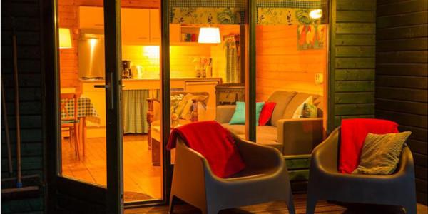 Appartement Bedstay op biologische boerderij De Boderie, Glamping in Overijssel voor grote gezinnen met 6 personen - vakantiesvoorgrotegezinnen.nl
